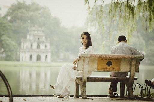 2020婚姻法离婚分居满两年的,婚姻关系能自动解除吗?