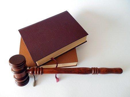 2021年9月15日,谢保平律师代理的一起离婚案件将在江苏省宝应县人民法院开庭。南京离婚律师谢保平免费咨询电话微信:18601404123