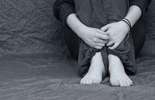 5离婚孩子4个月抚养费多少钱,南京有名离婚律师,南京离婚律师谢保平免费咨询电话微信:18601404123